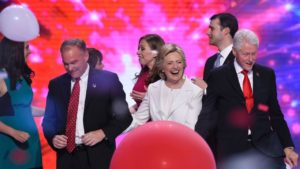 foto de Hillary Clinton y Tim Kaine