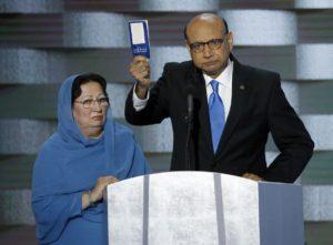 foto de Khizr Khan y su esposa