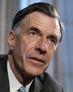 John Kenneth, Autor de numerosos libros y artículos, fue profesor de la Universidad de Harvard